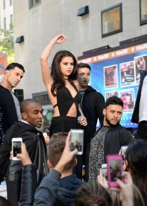 Selena Gomez: NBCs Today at Rockefeller Plaza -44