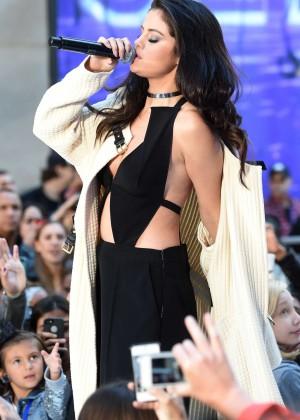 Selena Gomez: NBCs Today at Rockefeller Plaza -47