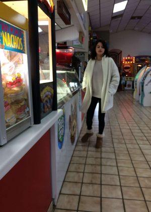Selena Gomez - Near a Rehab Center in Tennessee