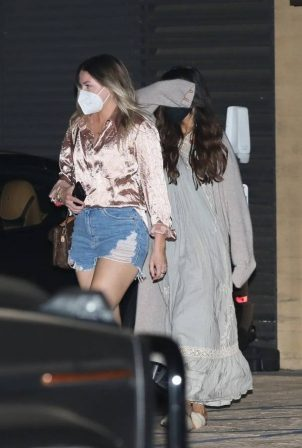 Selena Gomez - Nightout with friends at Nobu in Malibu