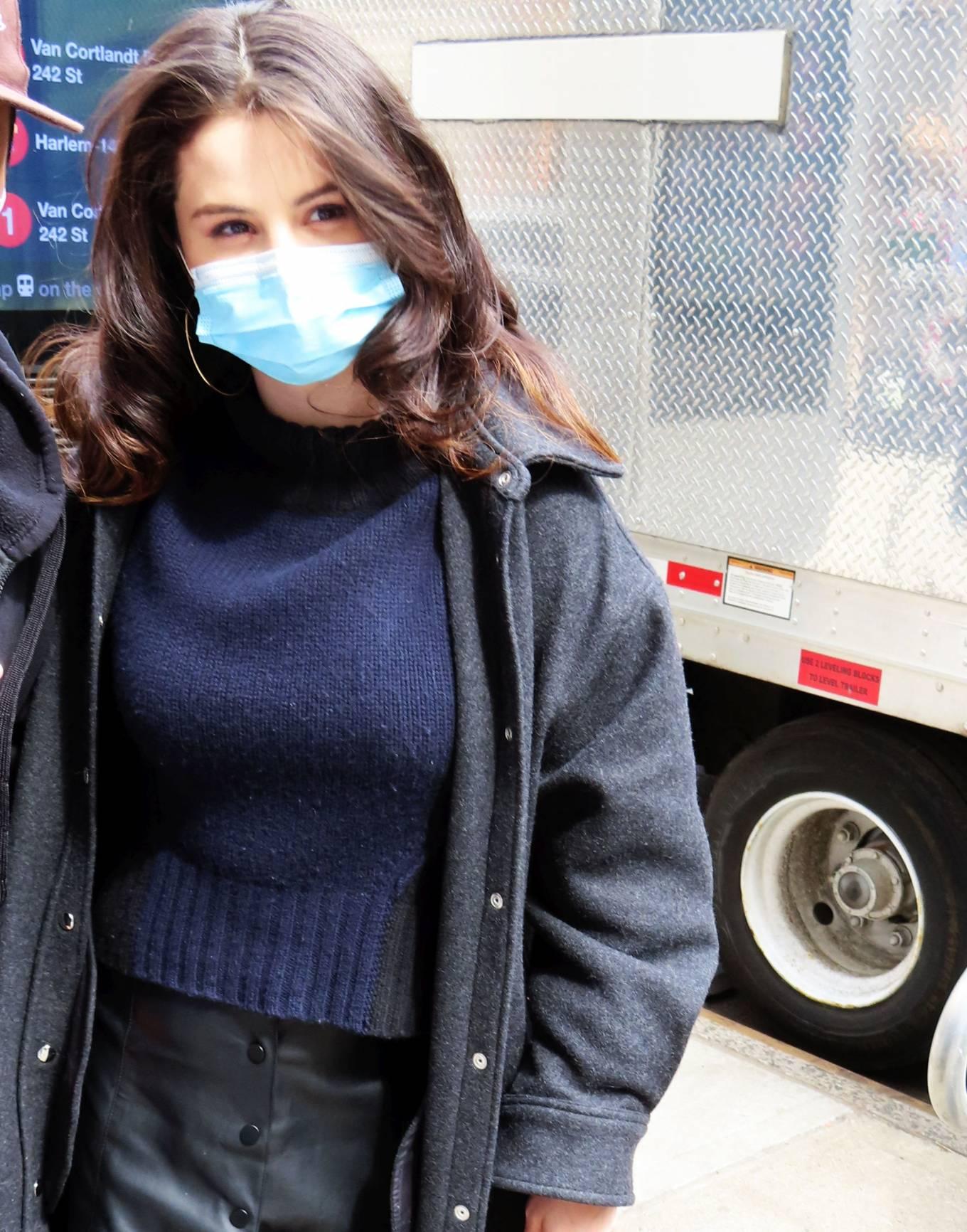 Selena Gomez 2021 : Selena Gomez – On film set at West End area in New York City-02