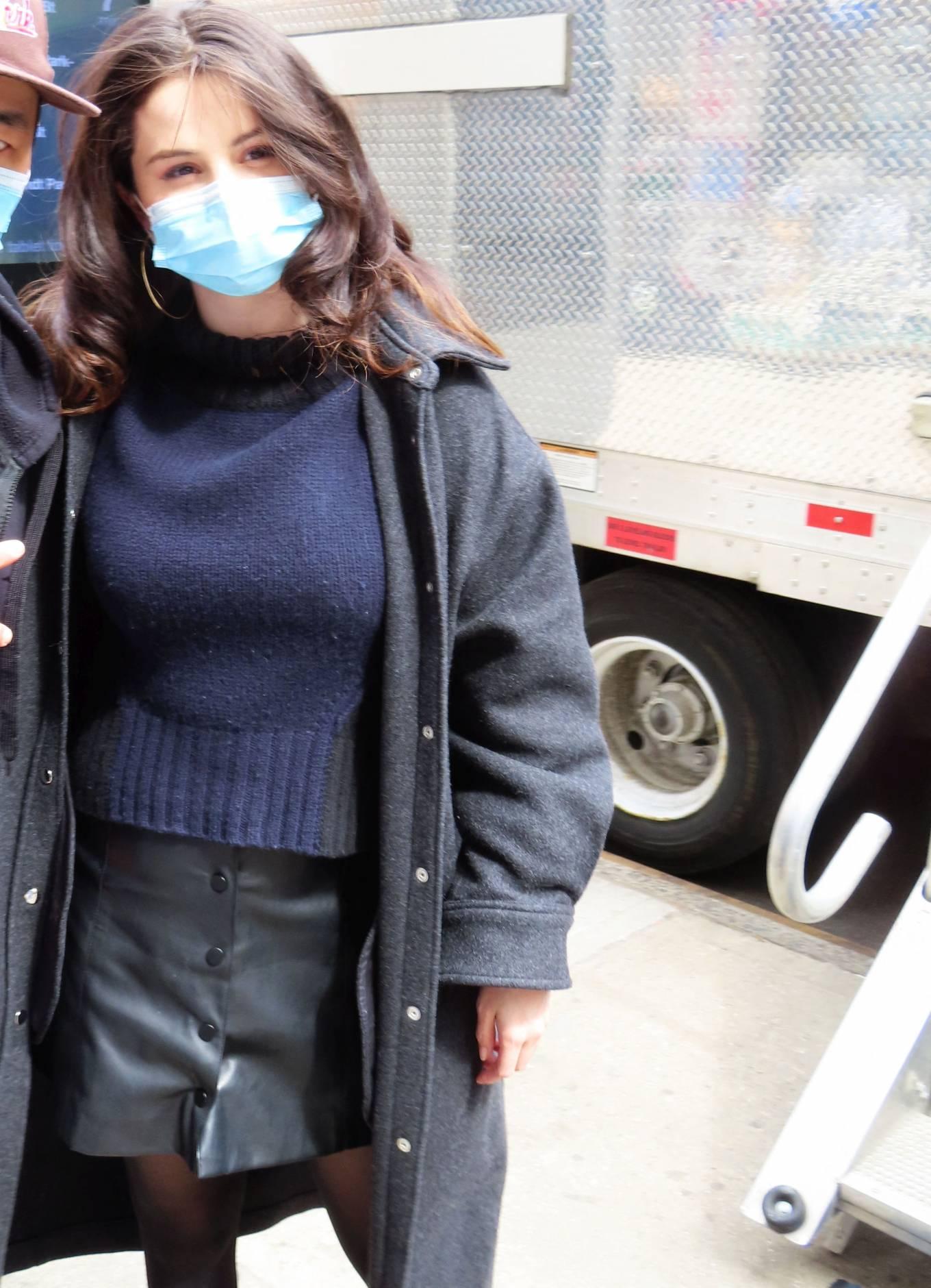 Selena Gomez 2021 : Selena Gomez – On film set at West End area in New York City-04
