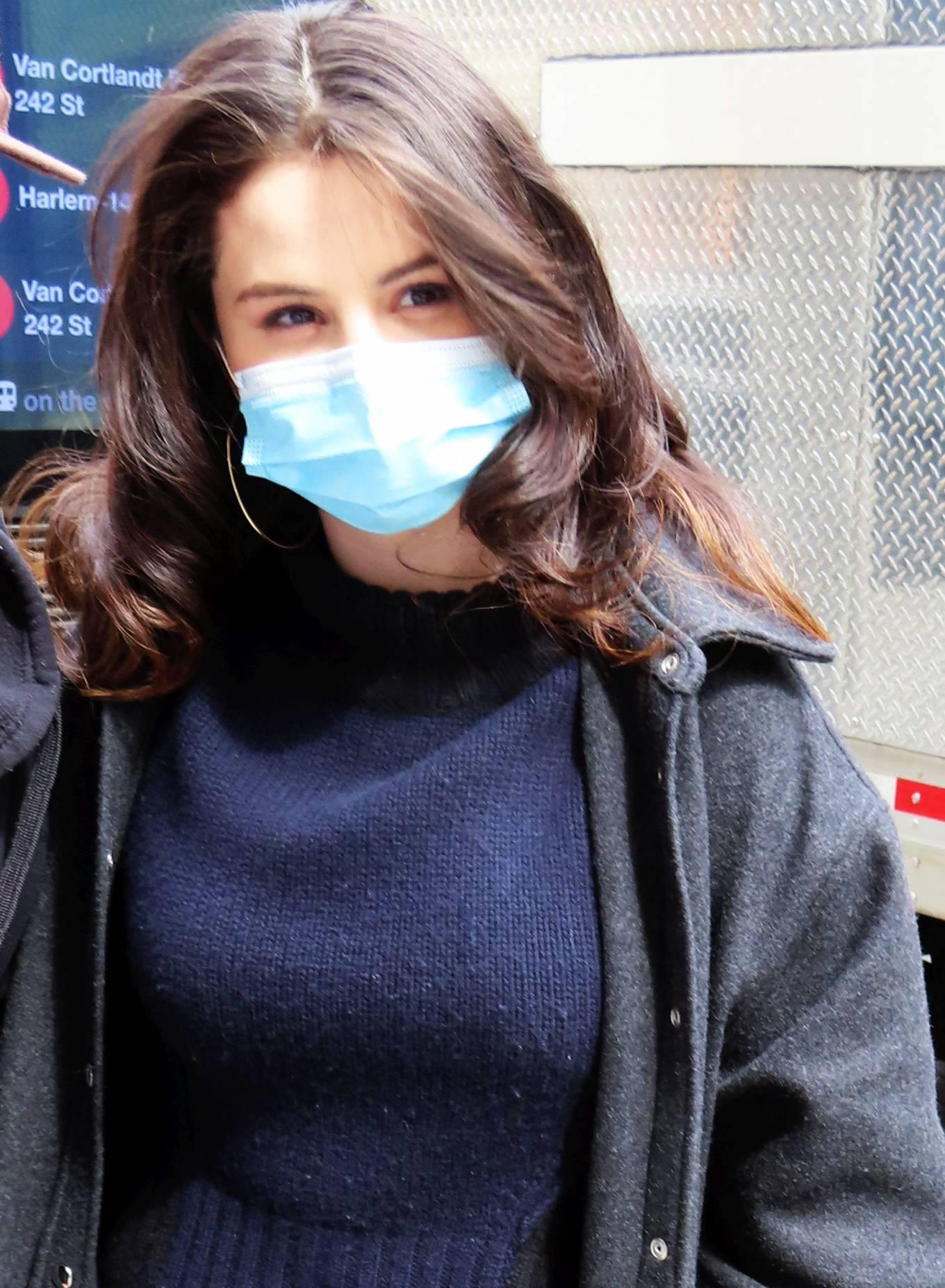 Selena Gomez 2021 : Selena Gomez – On film set at West End area in New York City-08