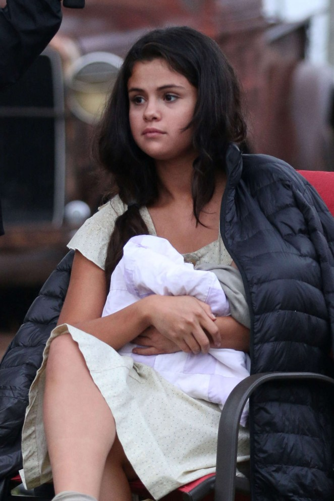Selena Gomez - On set of 'In Dubious Battle' in Bostwick