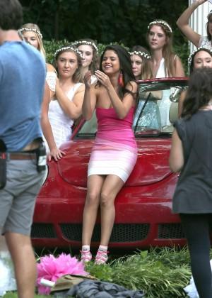 Selena Gomez on Neighbors 2 Sorority Rising set -17