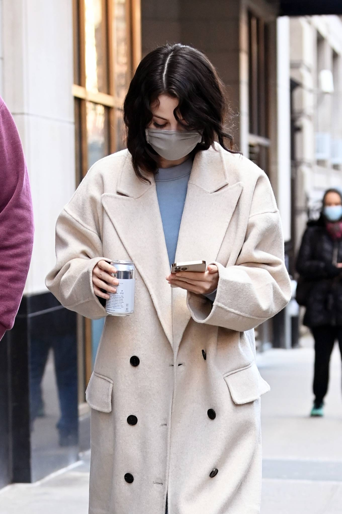 Selena Gomez - On the set of 'Only Murders in The Building' - New York City