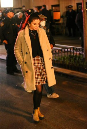 Selena Gomez - 'Only Murders In The Building' set candids in New York