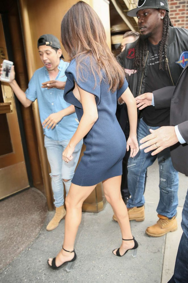 Selena Gomez – Out and about in Manhattan