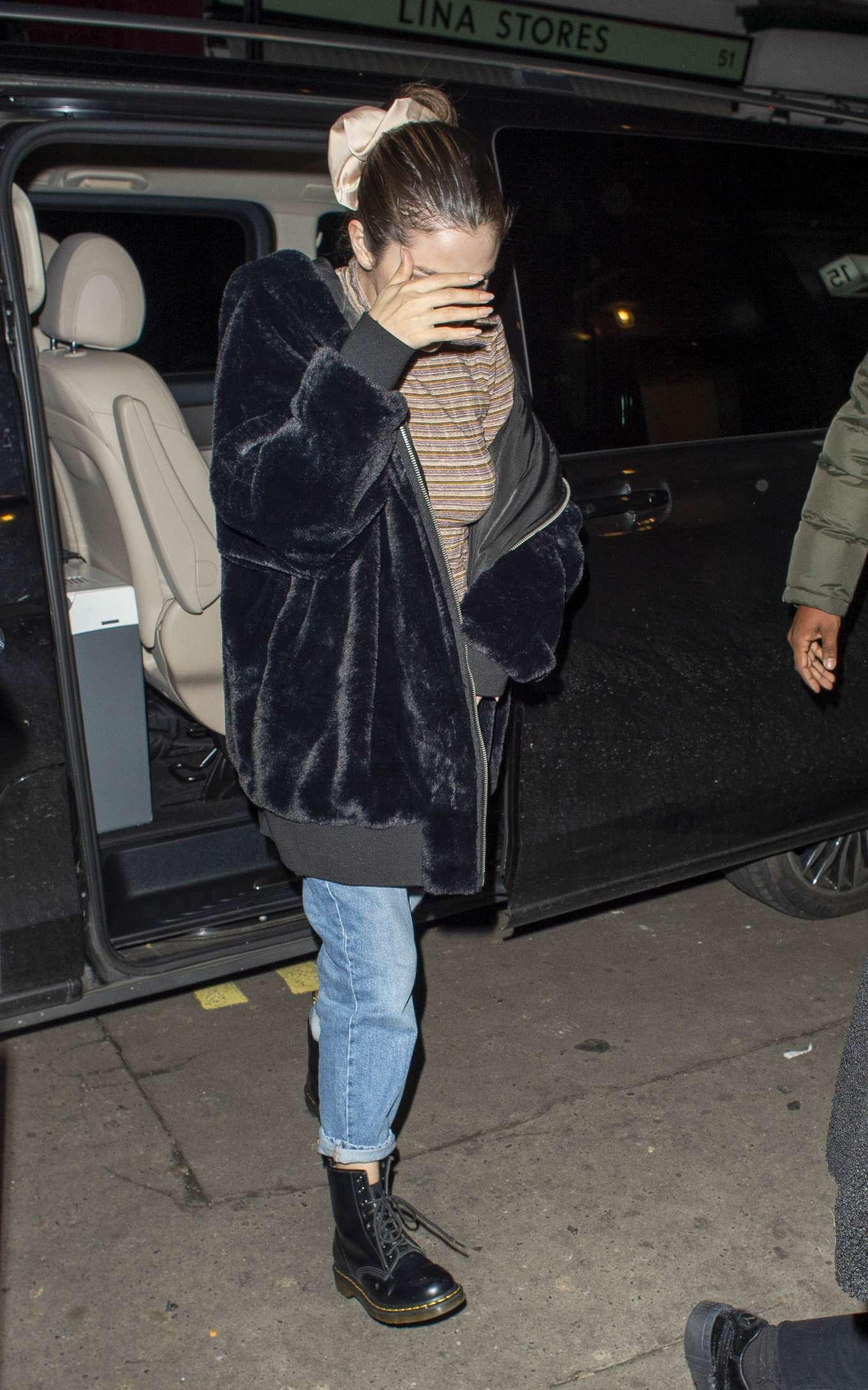 Selena Gomez 2019 : Selena Gomez – Out for dinner at Patara in Soho-08