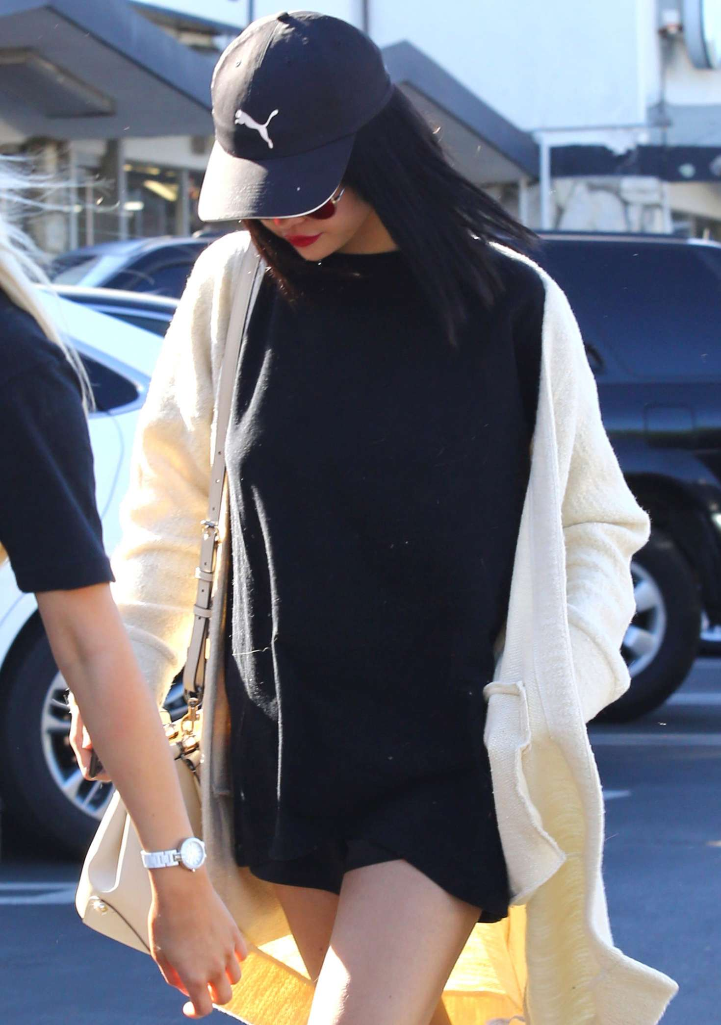 Selena Gomez - Out for lunch in LA