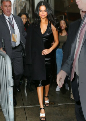 Selena Gomez in Black Dress Out for lunch in NYC
