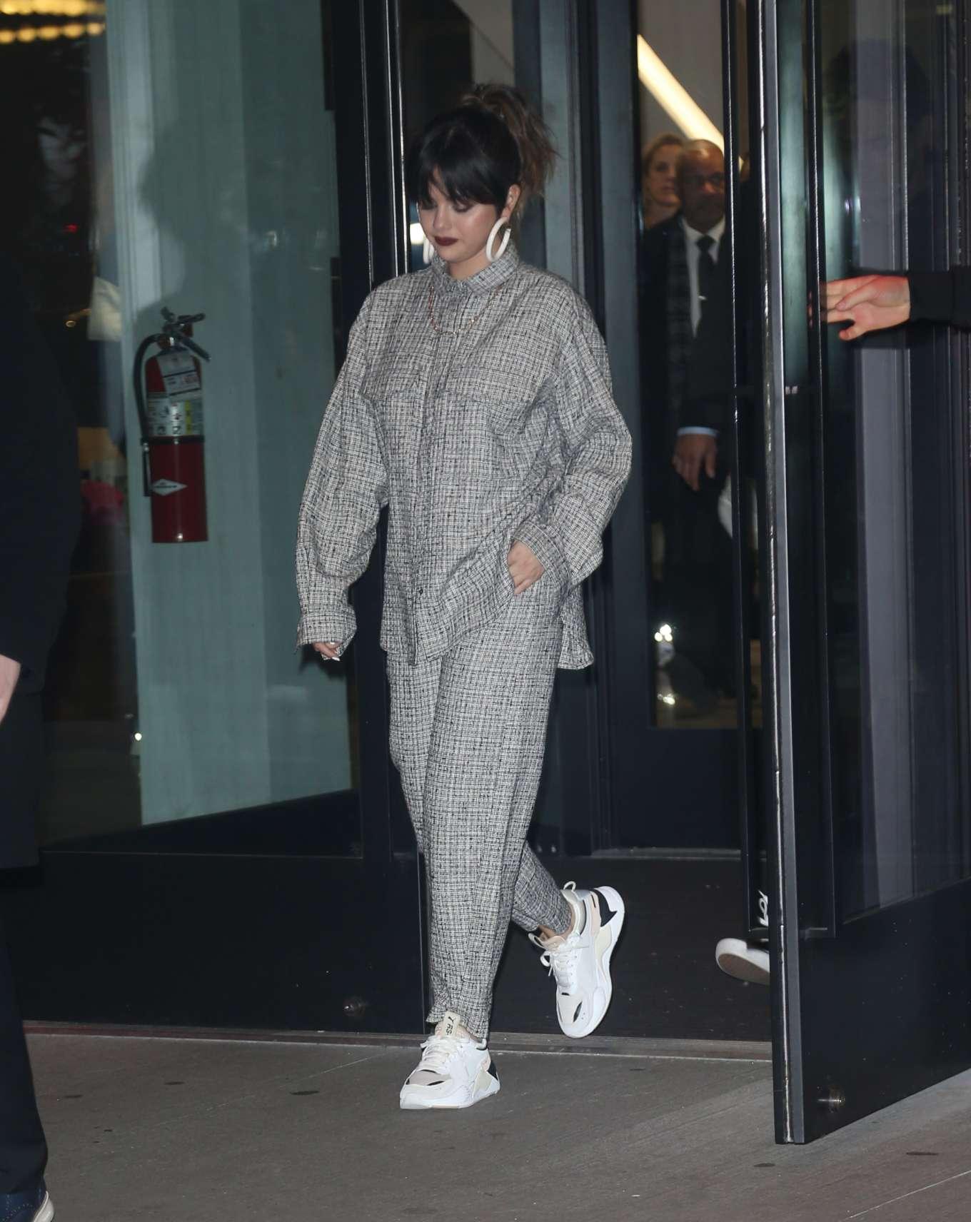 Selena Gomez 2020 : Selena Gomez – Out in New York-01