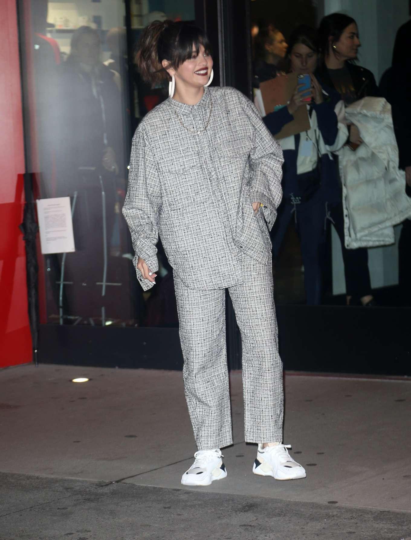 Selena Gomez 2020 : Selena Gomez – Out in New York-02