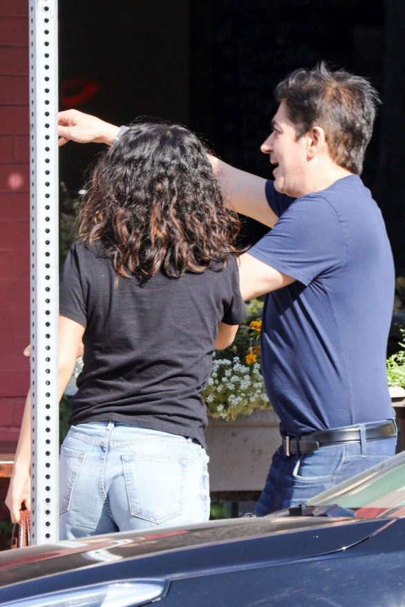 Selena Gomez - out with a friends for lunch at Osteria Mamma in LA