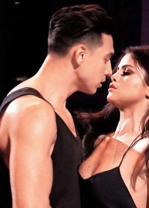 Selena Gomez p Performing on Saturday Night Live -01