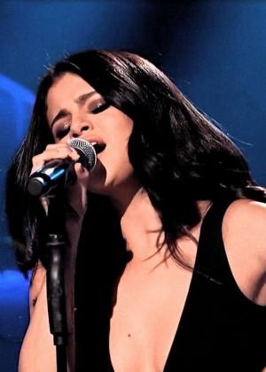 Selena Gomez p Performing on Saturday Night Live -03