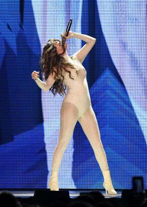 Selena Gomez - Performs at Revival World Tour in Fresno