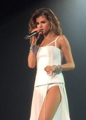 Selena Gomez - Revival Show in Melbourne