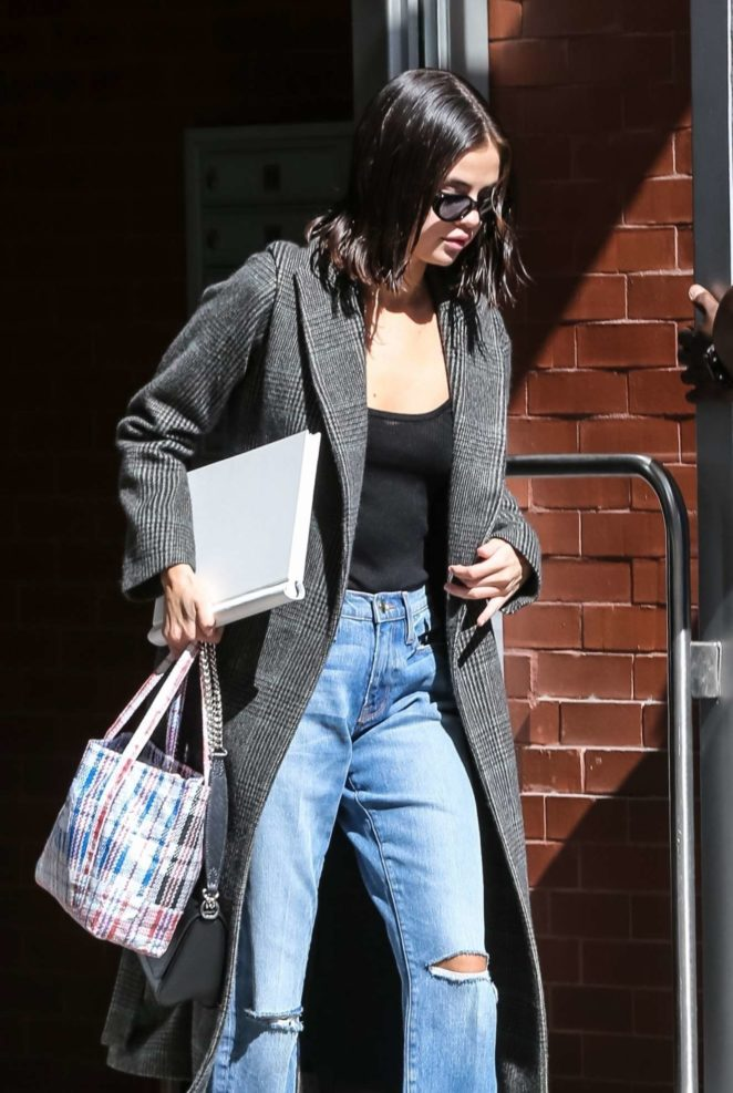 Selena Gomez - Seen out and about in NYC