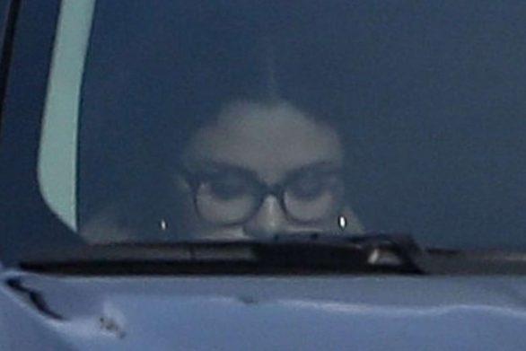 Selena Gomez 2019 : Selena Gomez – Seen while covers her face leaving the dance studio in Burbank-01