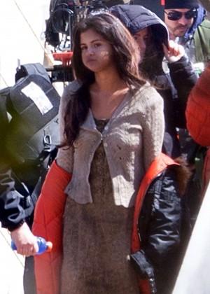 Selena Gomez - Filming 'In Dubious Battle' set in Atlanta