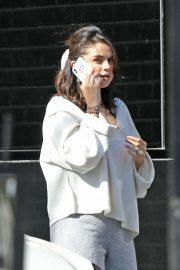 Selena Gomez - Shopping at XIV Karats in Beverly Hills