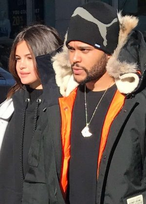 Selena Gomez - Shopping with her boyfriend The Weeknd in Toronto