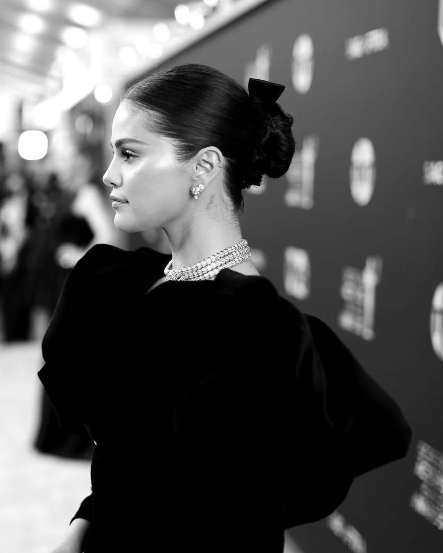 Selena Gomez 2020 : Selena Gomez – Social media-08