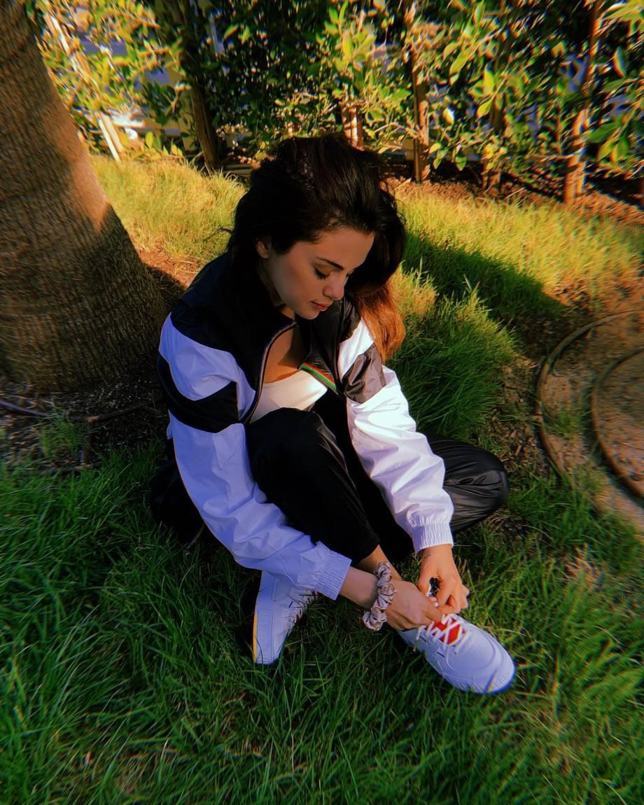 Selena Gomez 2020 : Selena Gomez – Social media-18