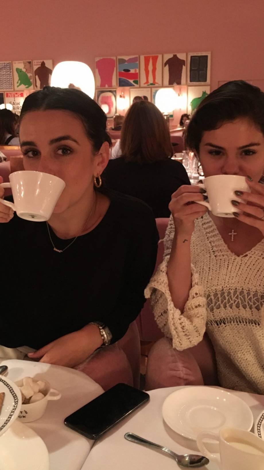 Selena Gomez 2020 : Selena Gomez – Social media-23