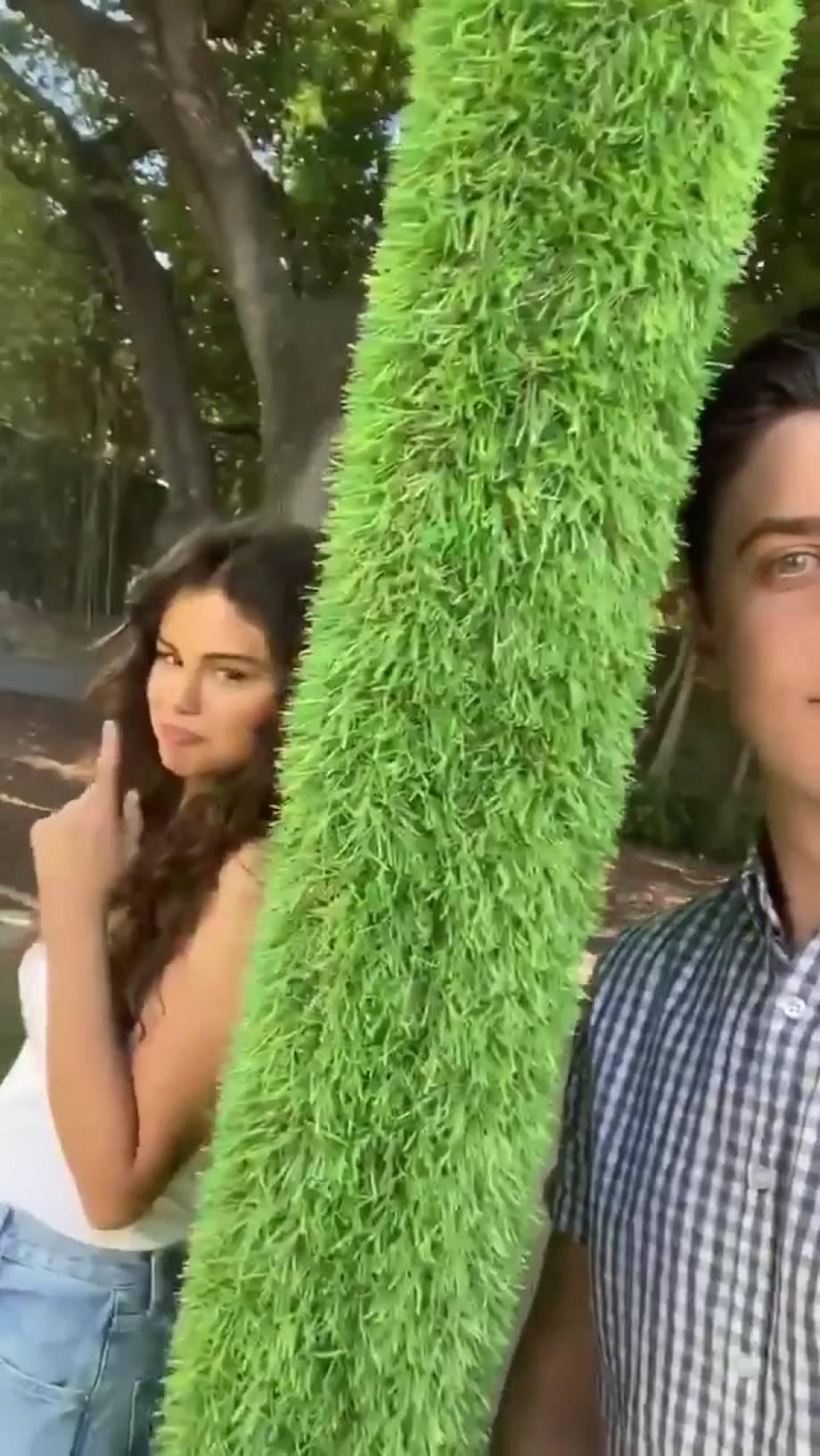 Selena Gomez 2020 : Selena Gomez – Social media-46