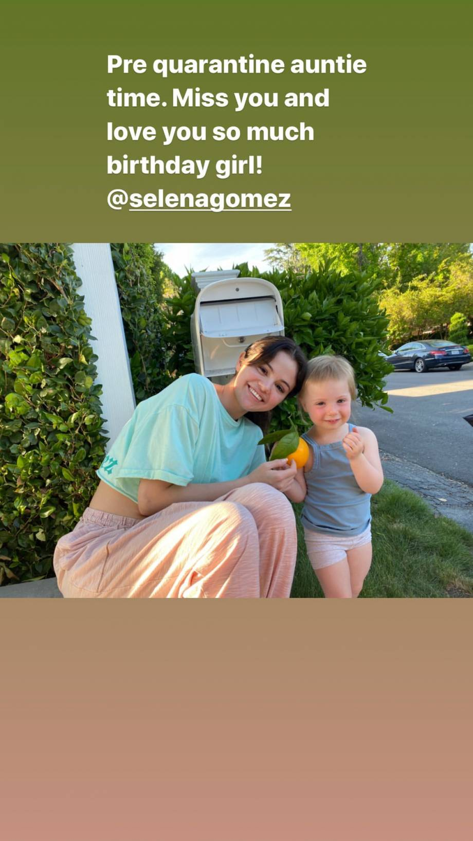 Selena Gomez 2020 : Selena Gomez – Social media-56