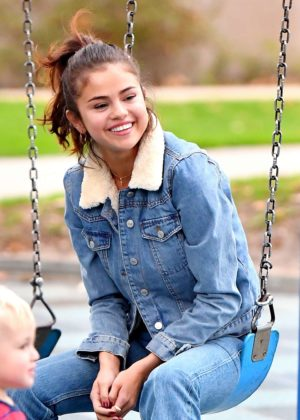 Selena Gomez - Stops by a park and meet the fans in Burbank