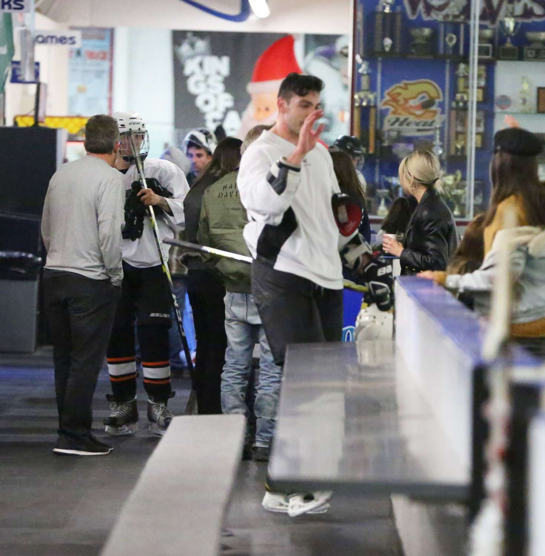 Selena Gomez 2017 : Selena Gomez: Supports Justin Bieber at his hockey game -17
