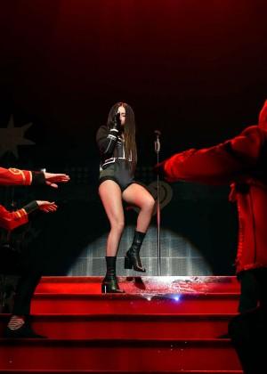 Selena Gomez: WiLD 94 9s FMs Jingle Ball 2015 -01