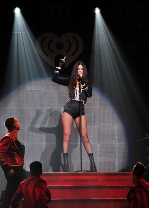 Selena Gomez: WiLD 94 9s FMs Jingle Ball 2015 -25