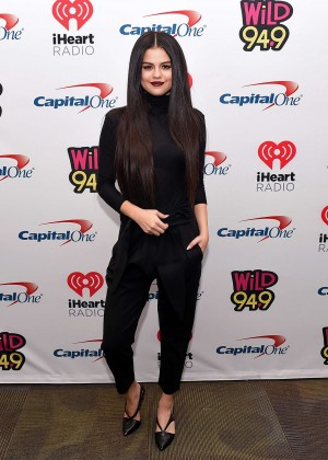 Selena Gomez: WiLD 94 9s FMs Jingle Ball 2015 -34