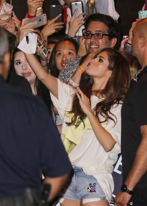 Selena Gomez in Jeans Shorts with her fans -04