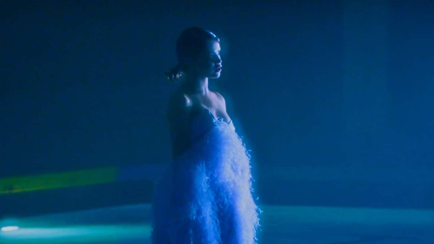 Selena Gomez: Wolves Music Video Screenshot -30