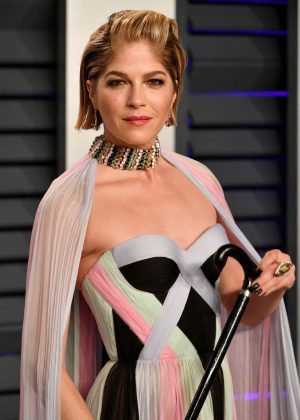 Selma Blair - 2019 Vanity Fair Oscar Party in Beverly Hills