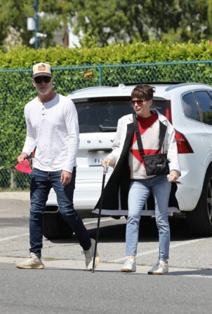 Selma Blair - Goes mask-less while out in Beverly Hills