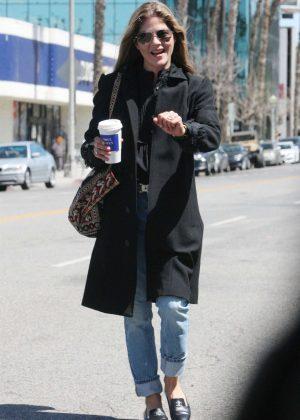 Selma Blair - Grabbing a cup of coffee in Los Angeles