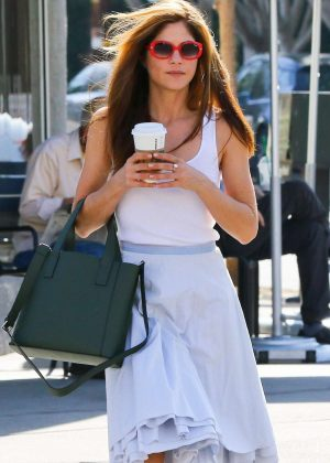 Selma Blair - Grabs a coffee in Studio City