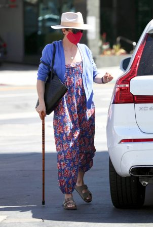 Selma Blair - Heads to a gas station in Los Angeles