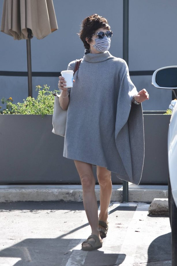Selma Blair - In chic sweater dress shopping candids in Studio City