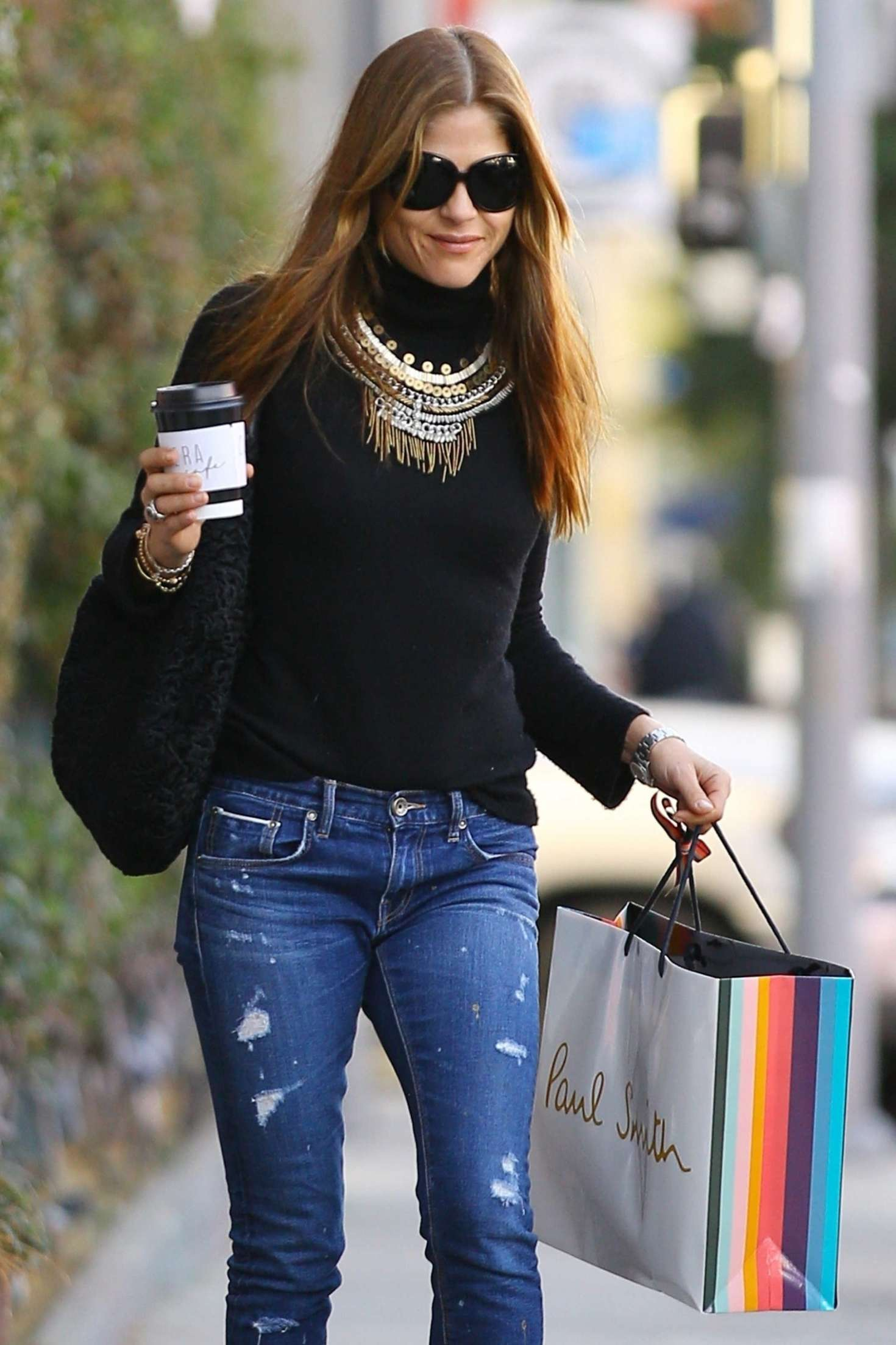 Selma Blair In Jeans Christmas Shopping In West