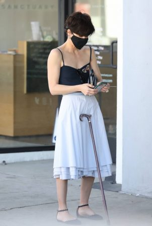 Selma Blair - Out for coffee in Studio City
