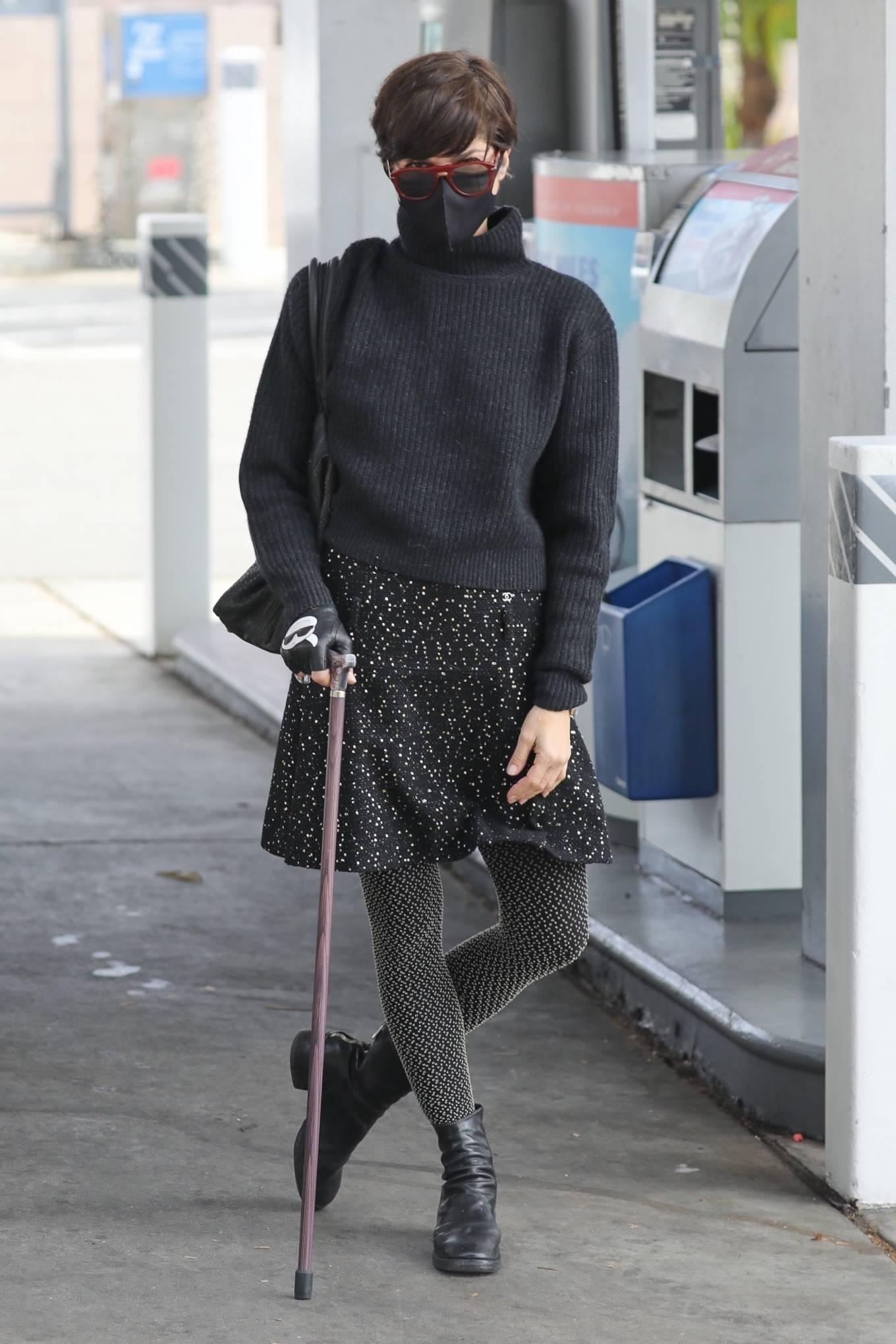 Selma Blair - Pumping gas in Los Angeles