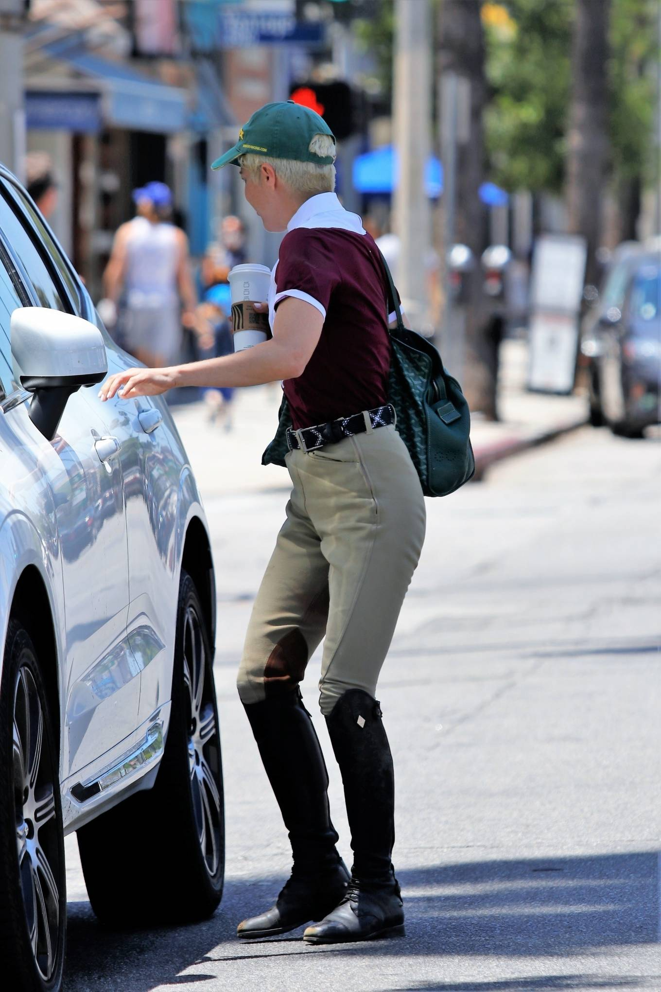 Selma Blair - Seen with coffee in hand returning to her ride in Studio City