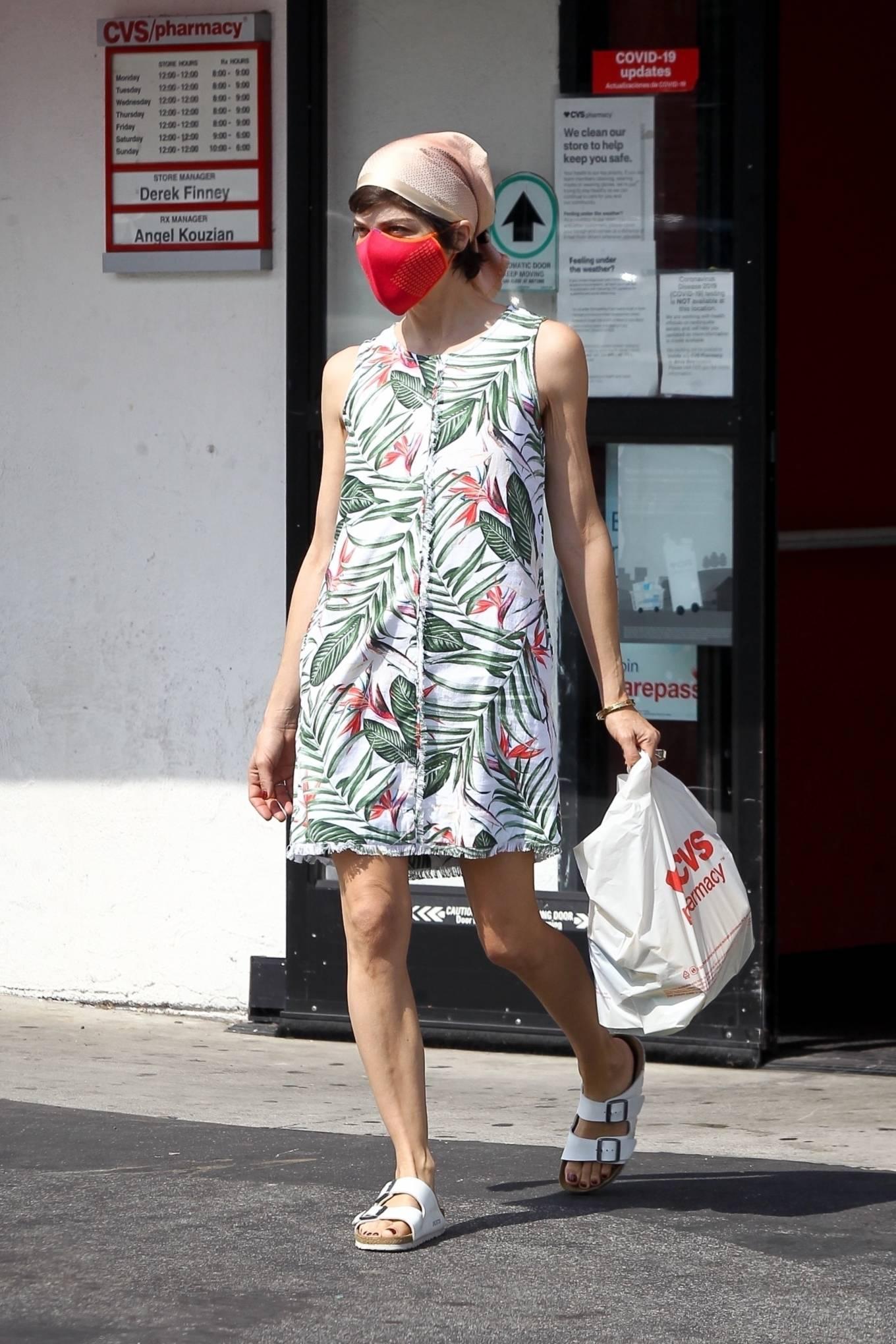 Selma Blair 2020 : Selma Blair – Spotted leaving a CVS pharmacy in Studio City-01